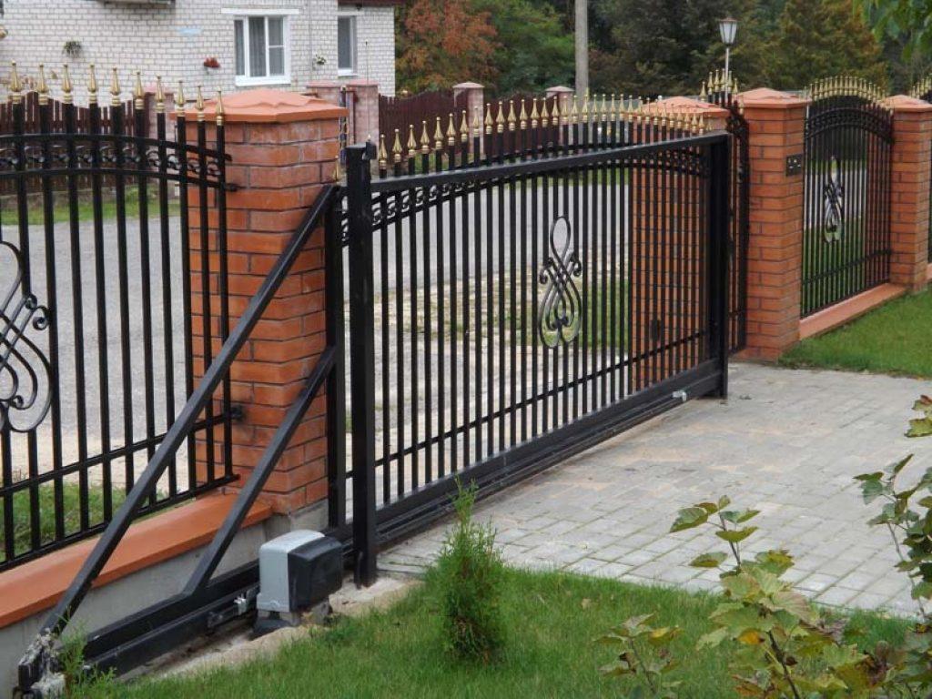 Откатные кованые ворота Тип 3