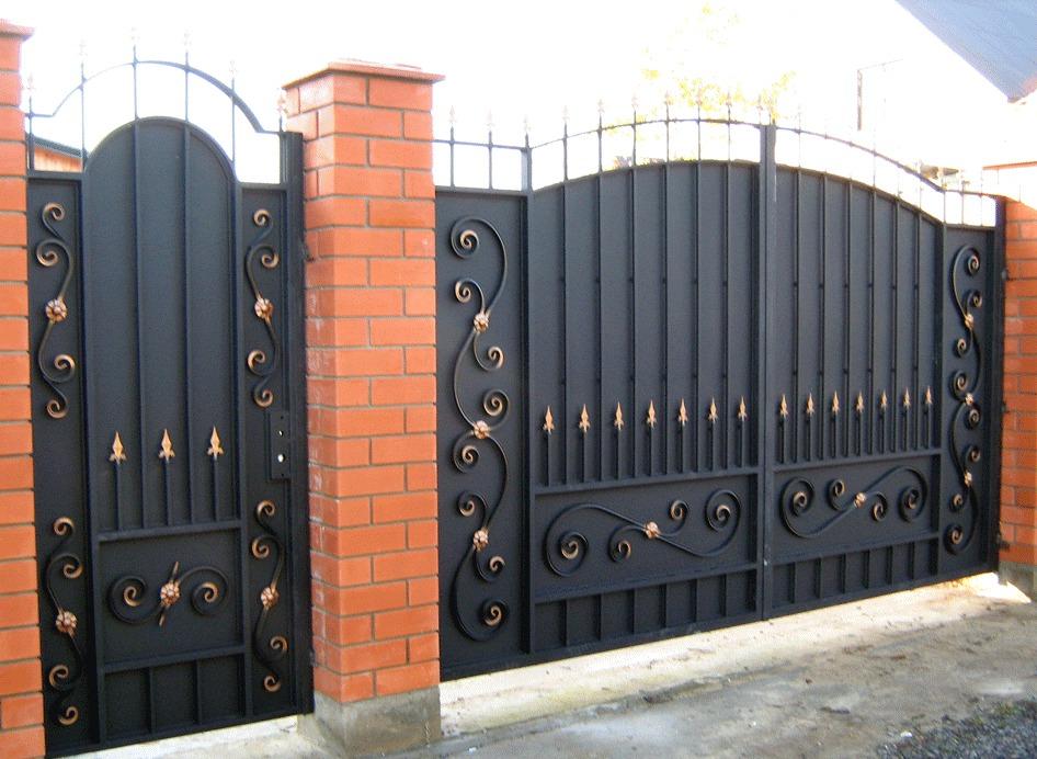Распашные кованые ворота Тип 5