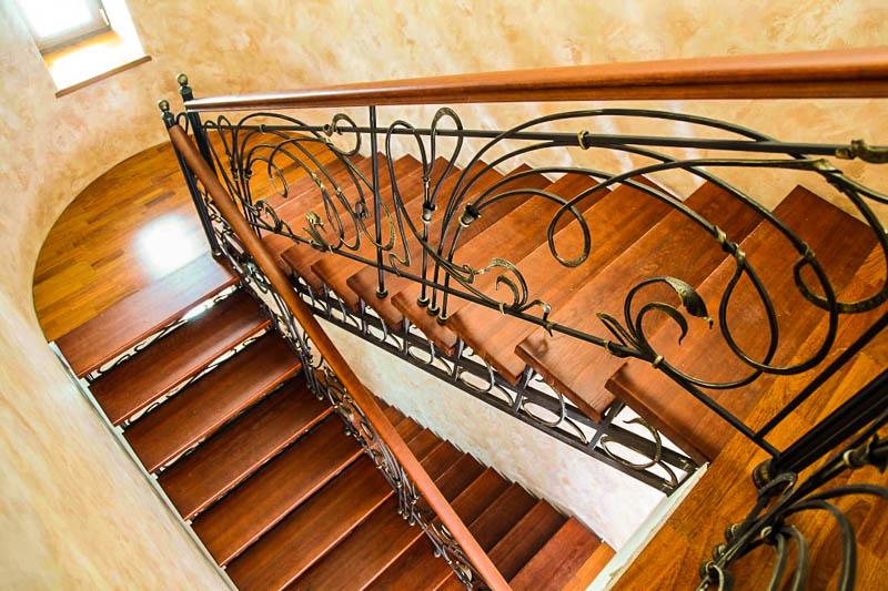Кованая лестница Тип 19