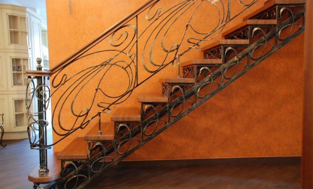Кованая лестница Тип 6