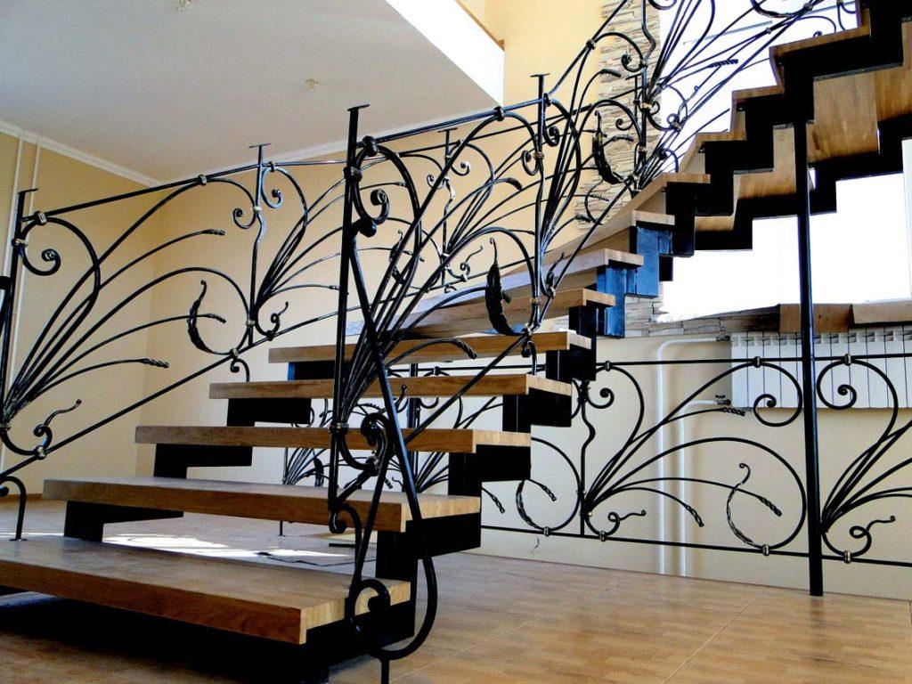 Кованая лестница Тип 9