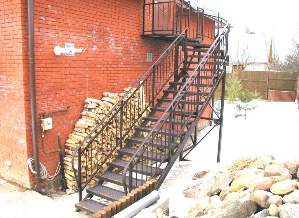 металлическая лестница тип 1