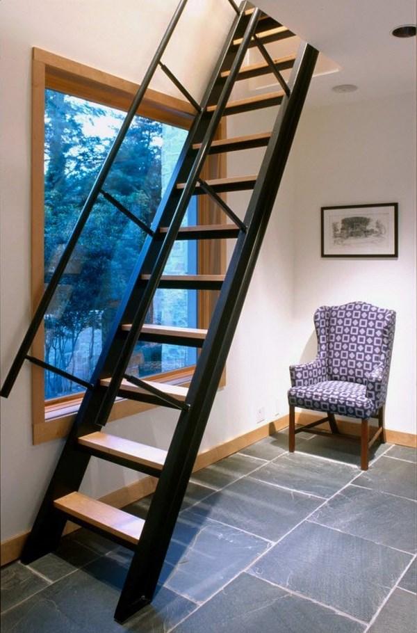 Металлическая лестница Тип 16