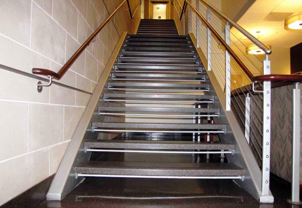 металлическая лестница тип 2