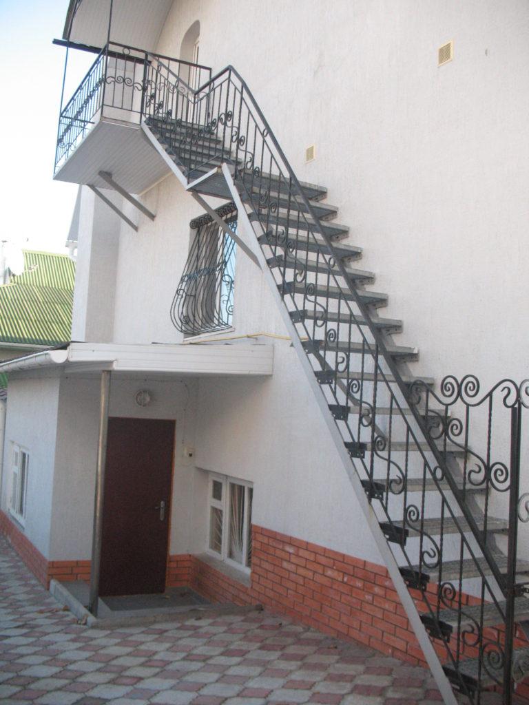 металлическая лестница тип 4