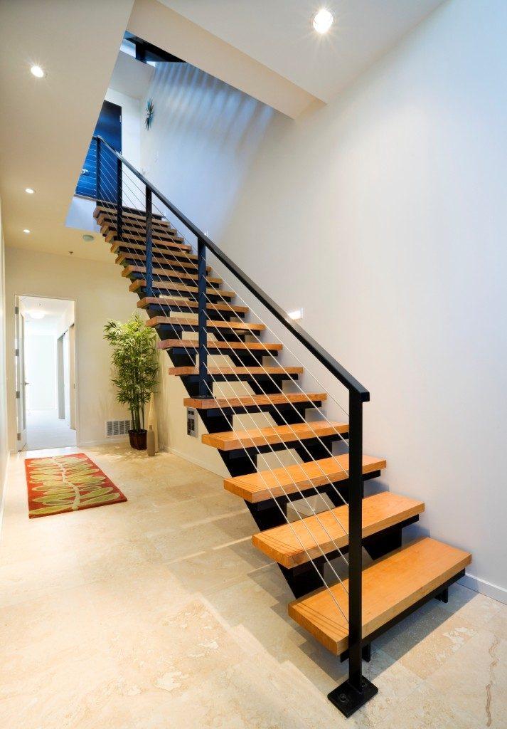 Металлическая лестница Тип 7