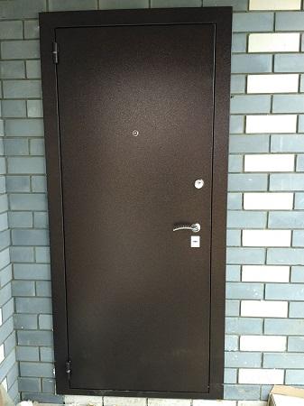 Входная металлическая дверь Стандарт